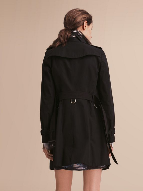 The Sandringham – Mid-Length Heritage Trench Coat in Black - cell image 2