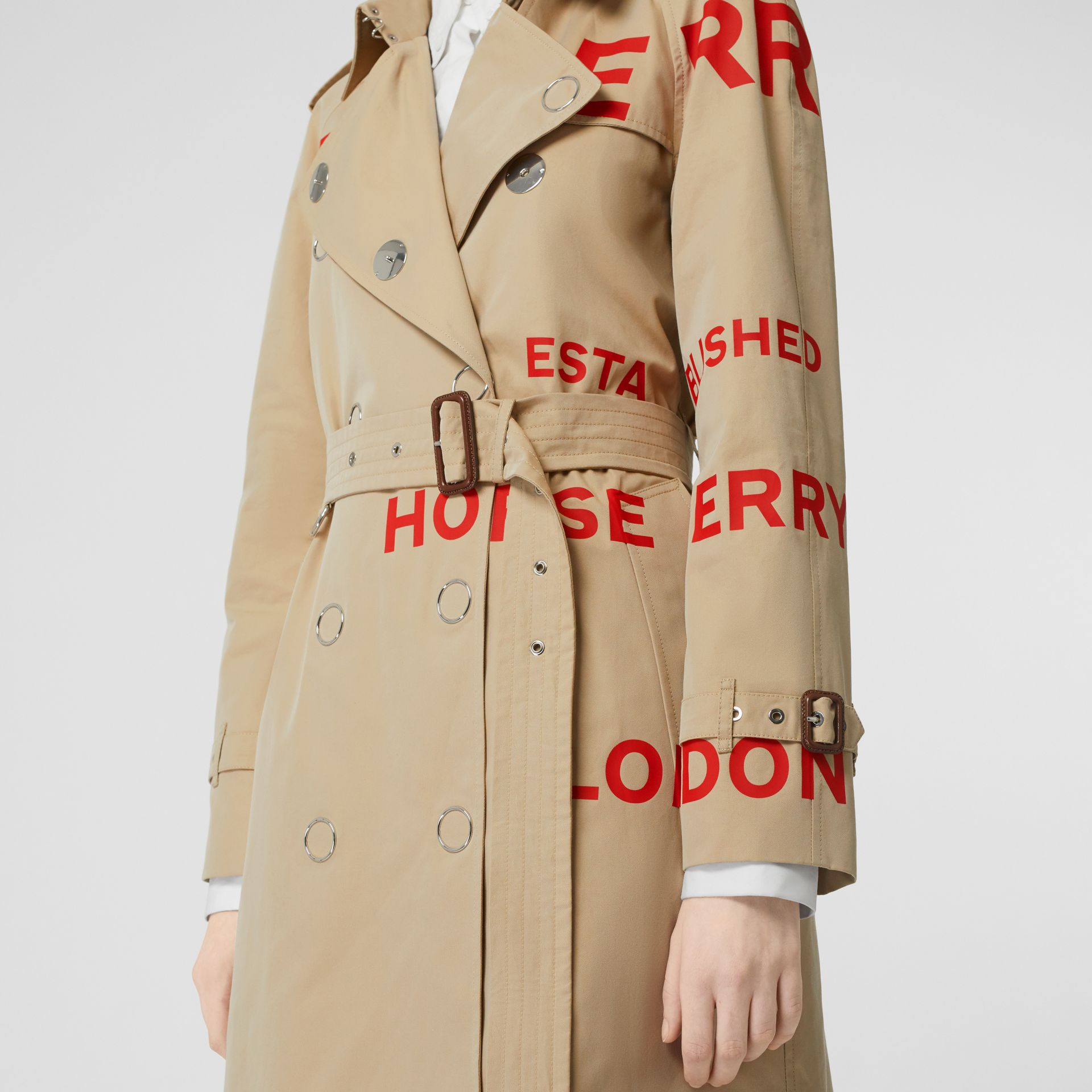 Horseferry Print Cotton Gabardine Trench Coat in Honey - Women | Burberry United Kingdom - gallery image 4