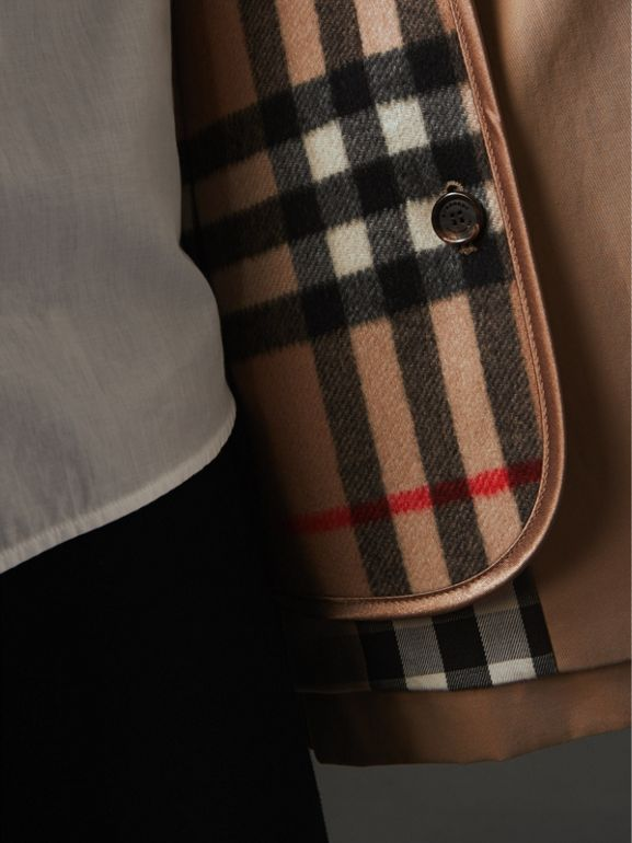 Check Cashmere Wool Warmer in Camel | Burberry - cell image 1