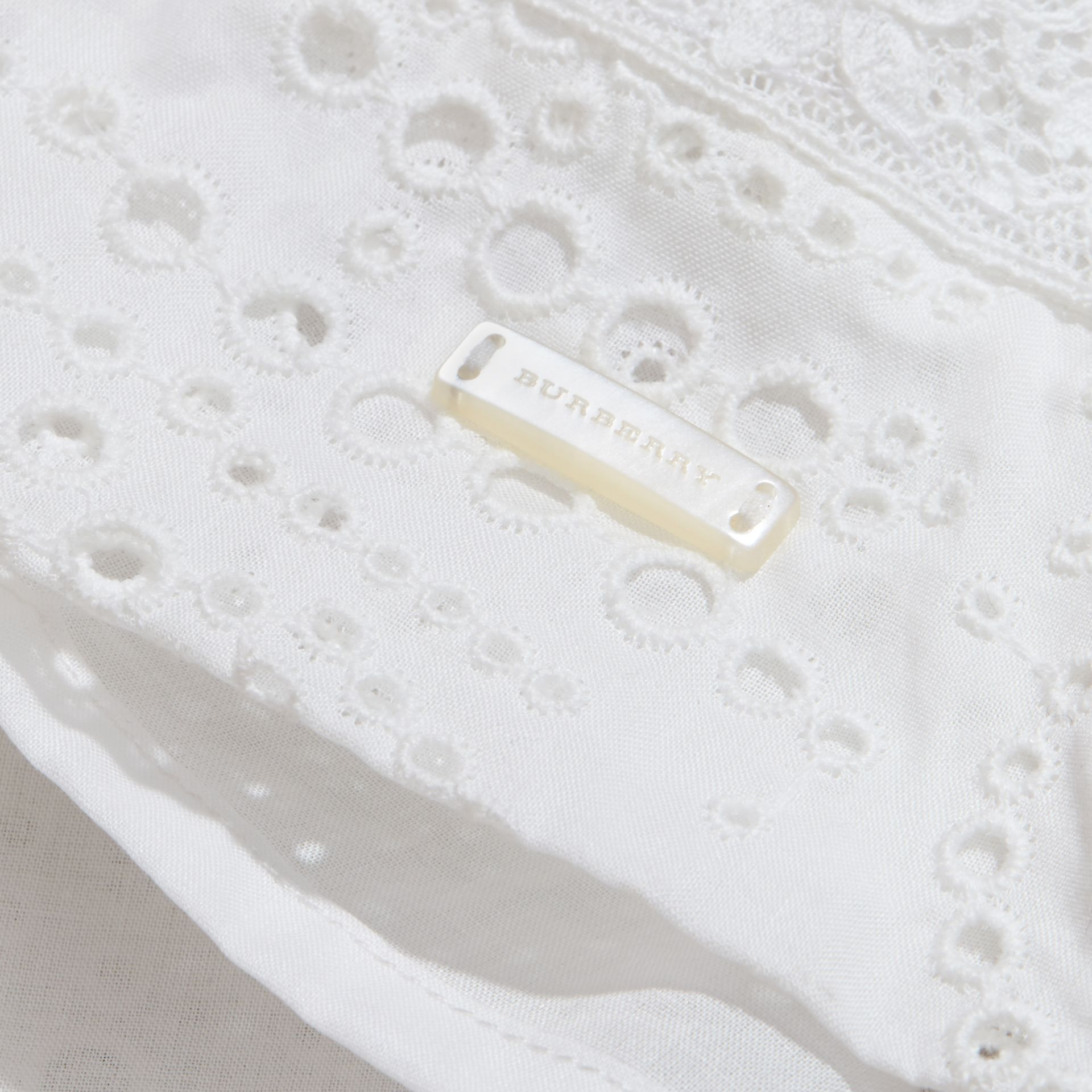Broderie Anglaise Cotton Skirt with Lace Trim in White | Burberry - gallery image 2