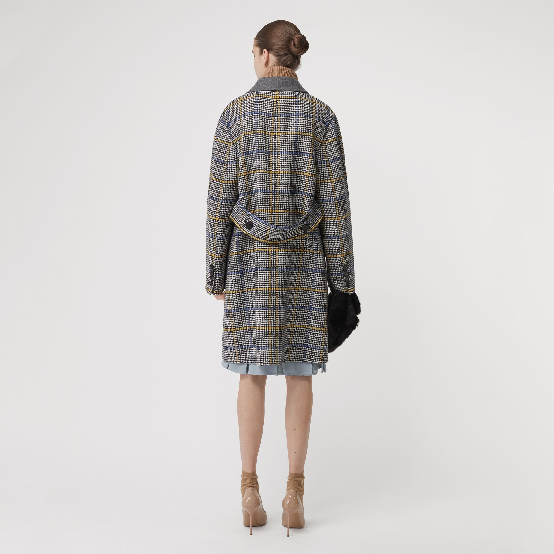 Double-faced Check Wool Cashmere Coat in Parchment - Women | Burberry Australia - gallery image 2