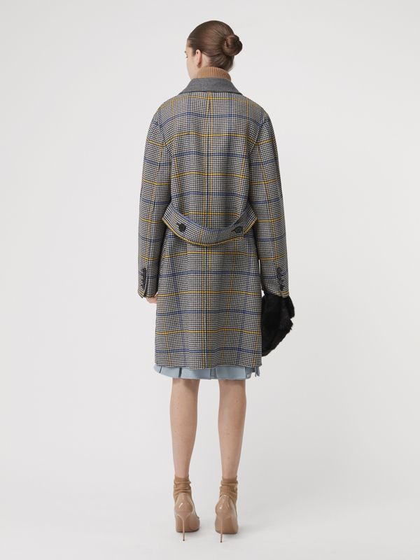 Double-faced Check Wool Cashmere Coat in Parchment - Women | Burberry Australia - cell image 2