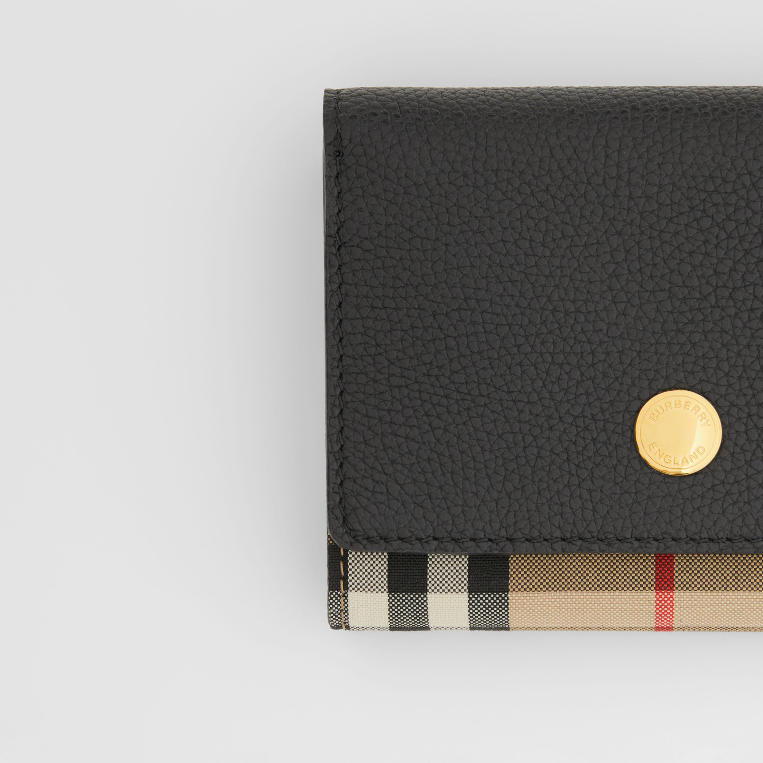 Small Vintage Check and Leather Folding Wallet in Black - Women | Burberry Canada - 2