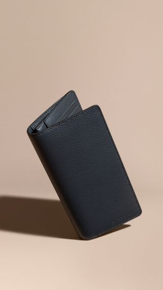 Grainy Leather Continental Wallet