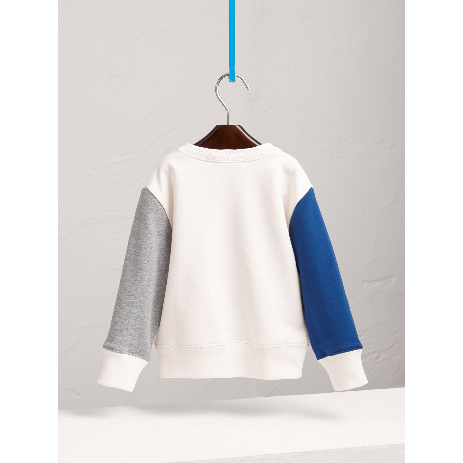 Sweat-shirt en coton à motif météo (Bleu Barbeau Vif) - Fille | Burberry - photo de la galerie 4