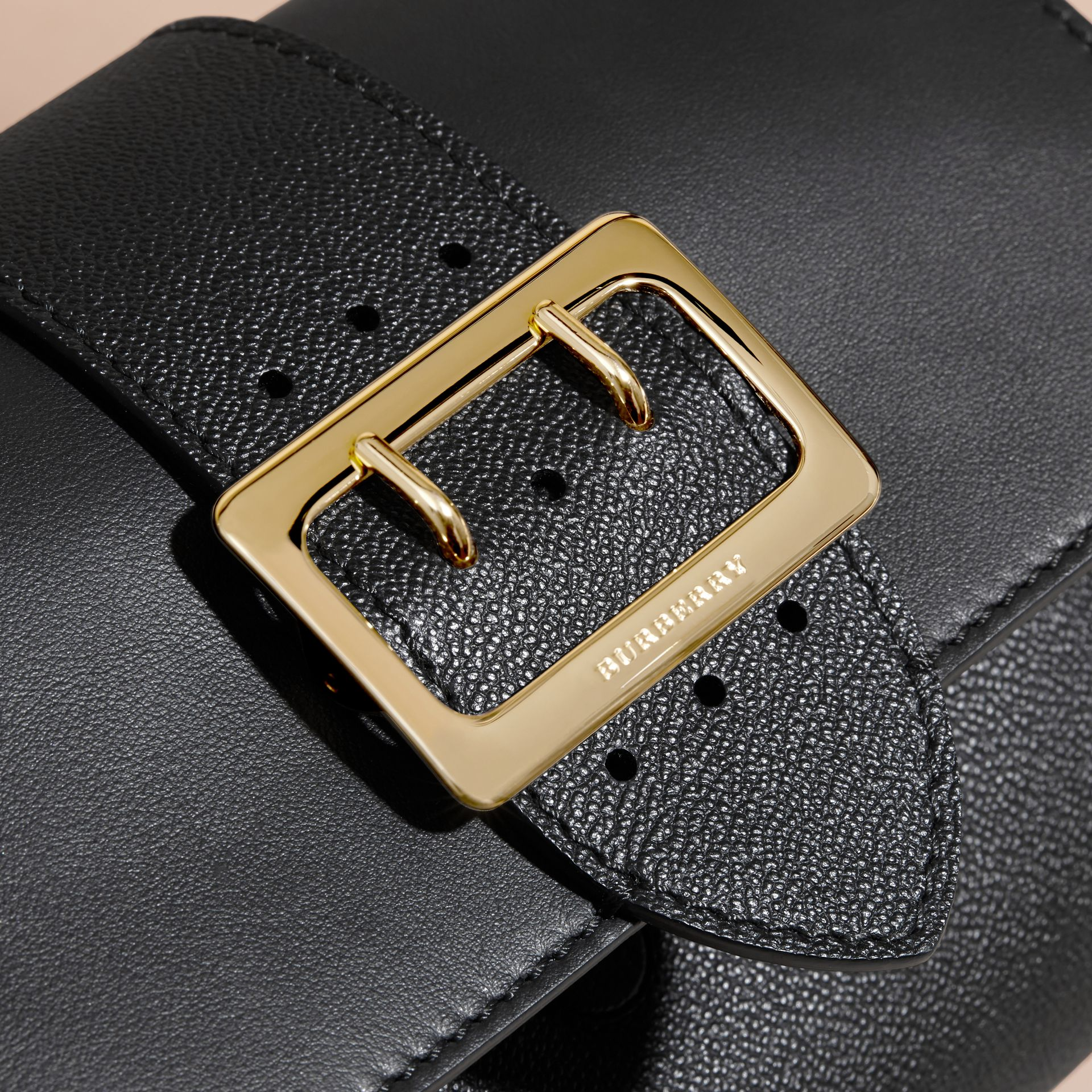 The Buckle Crossbody Bag in Leather Black - gallery image 2