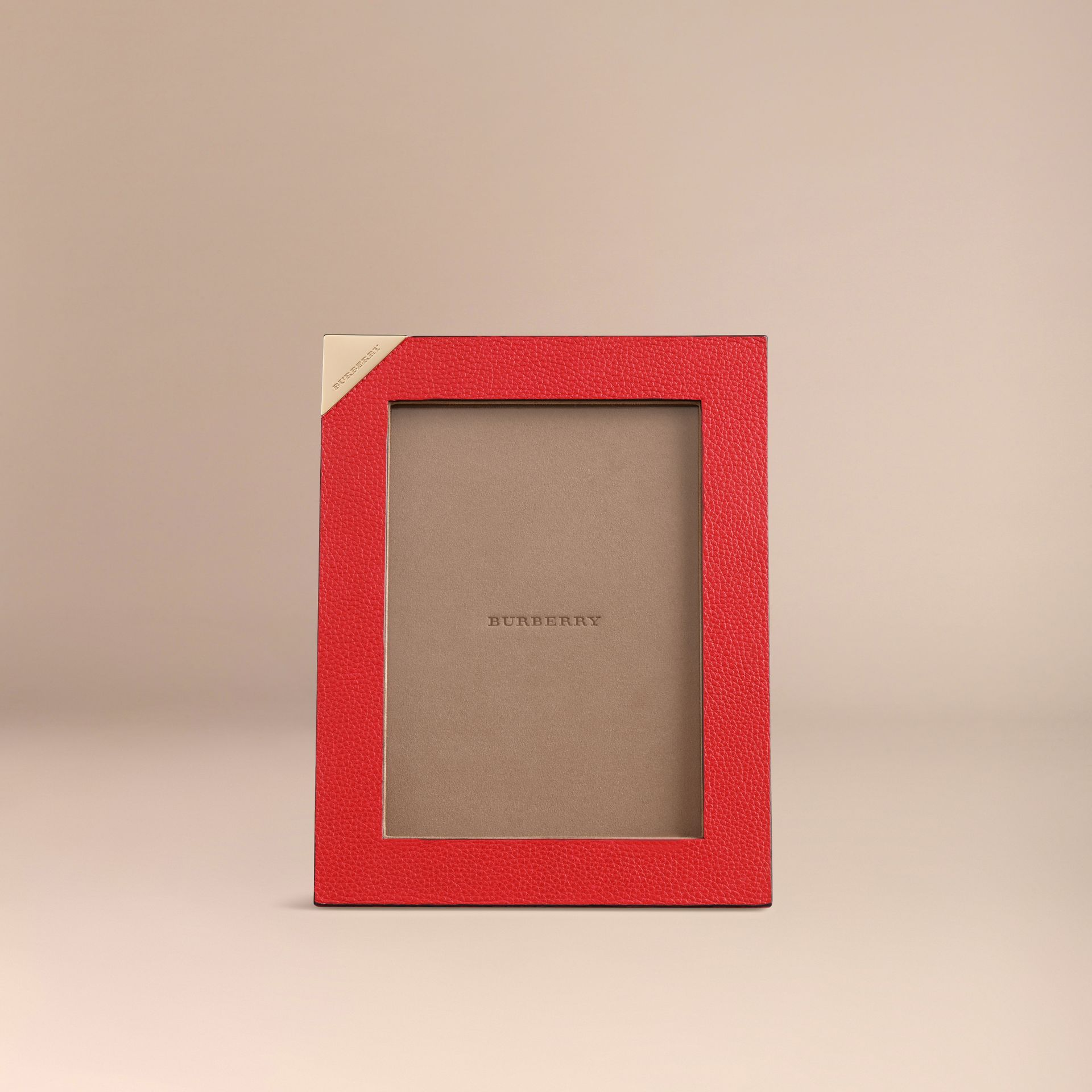Parade red Medium Grainy Leather Picture Frame Parade Red - gallery image 2