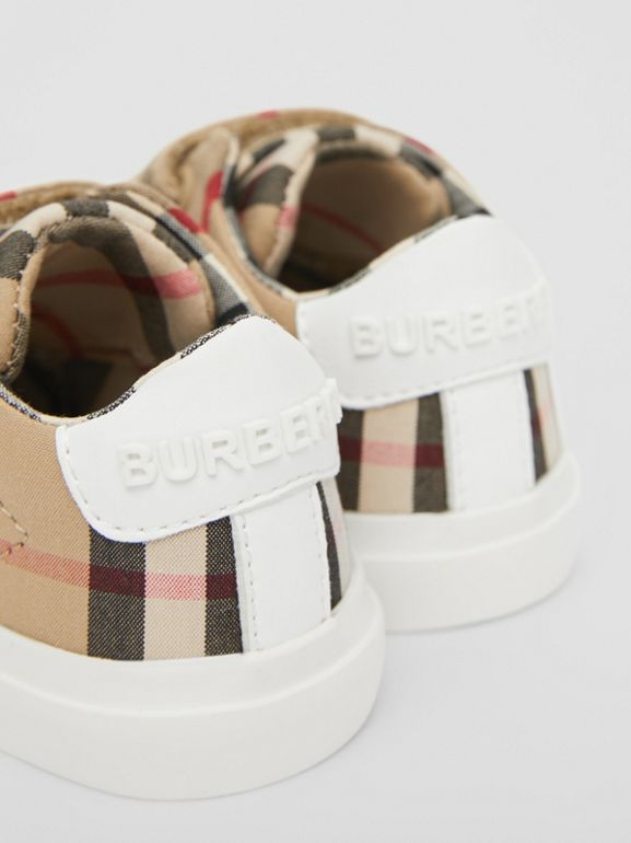 Vintage Check Cotton Sneakers in Archive Beige - Children | Burberry United Kingdom - cell image 1