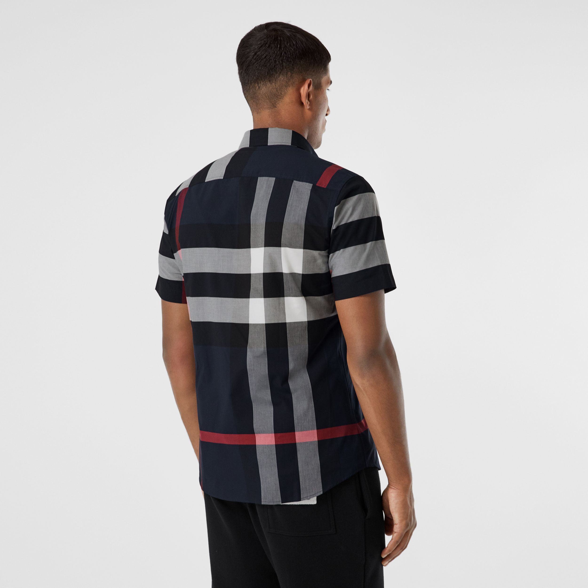 Short-sleeve Check Stretch Cotton Poplin Shirt in Navy - Men | Burberry United Kingdom - 3