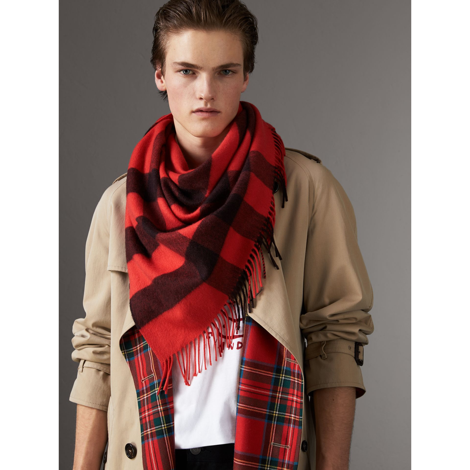 The Burberry Bandana in Check Cashmere in Orange Red | Burberry - gallery image 7