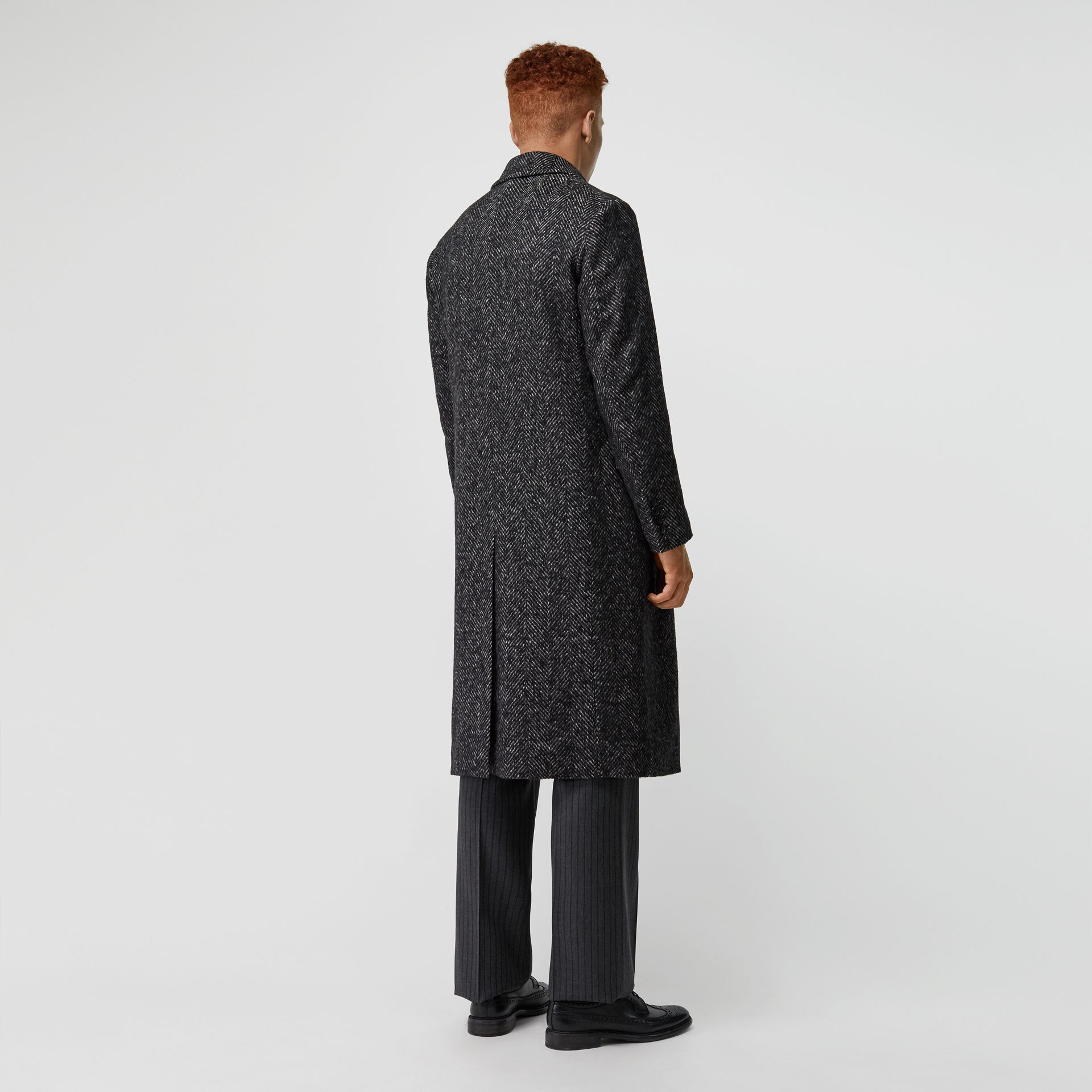 Detachable Shearling Collar Wool Silk Blend Coat in Black - Men | Burberry - gallery image 2
