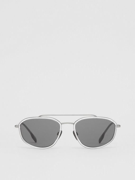 Geometric Navigator Sunglasses in Gunmetal Grey