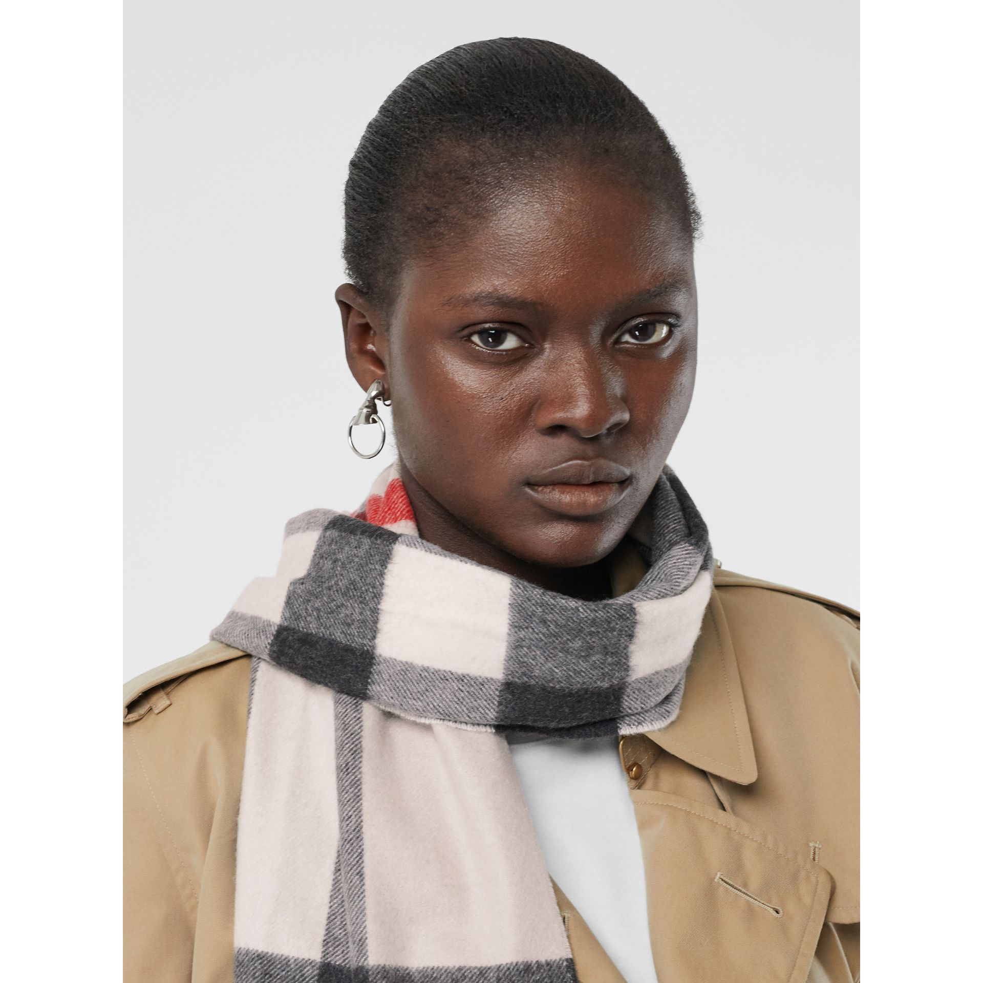 Check Cashmere Scarf in Stone | Burberry United Kingdom - gallery image 2