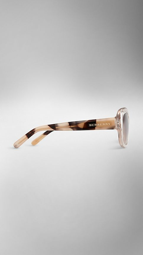 Clear horn Trench Collection Round Frame Sunglasses - Image 4