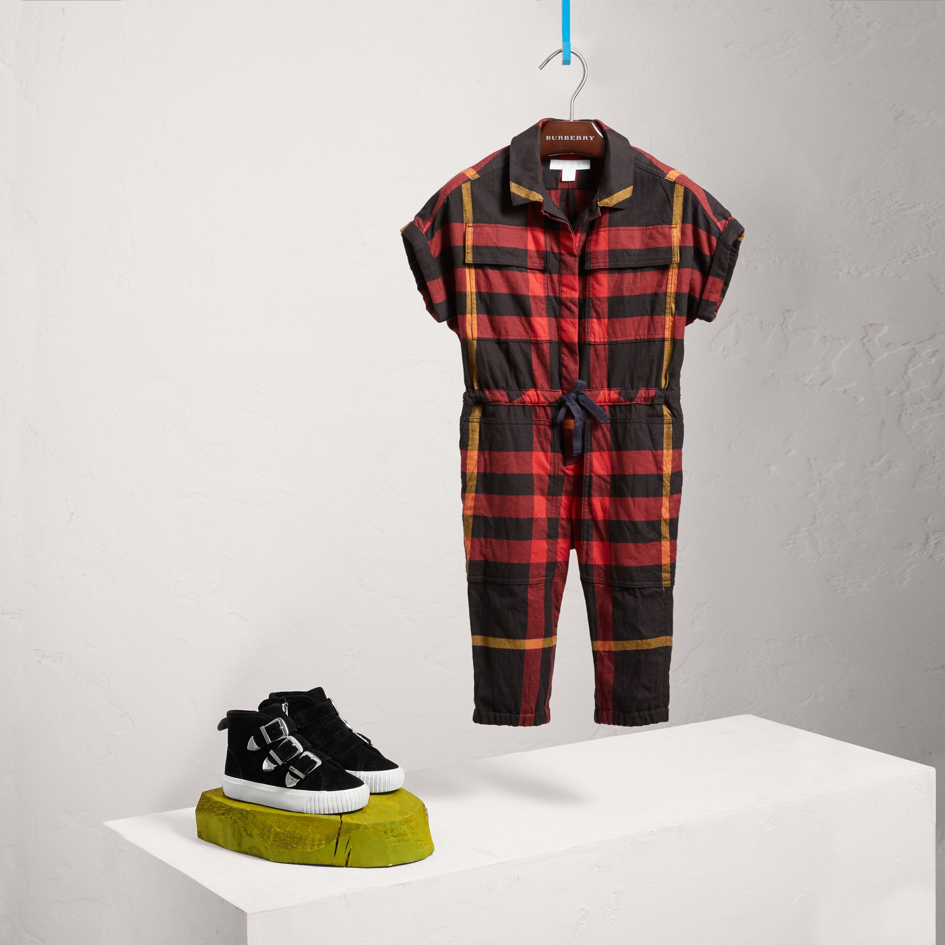 Short-sleeve Check Cotton Flannel Jumpsuit in Black - Girl | Burberry Singapore - gallery image 2