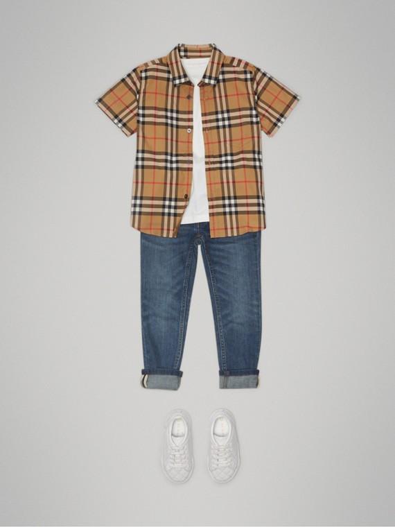 Camisa de algodão em Vintage Check com mangas curtas (Amarelo Antigo) - Menino | Burberry - cell image 2