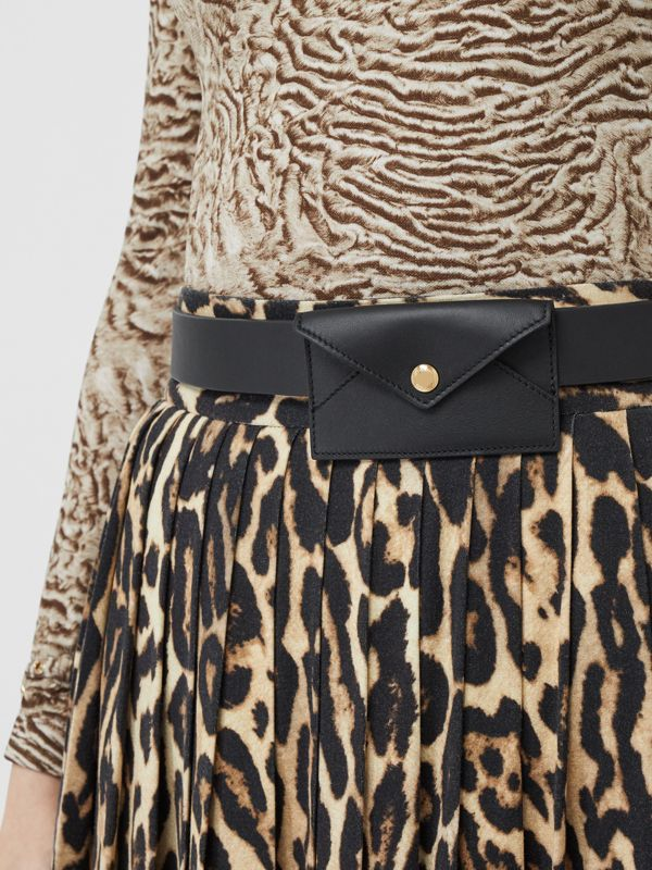 Cintura in pelle con accessorio a busta (Nero) - Donna | Burberry - cell image 2