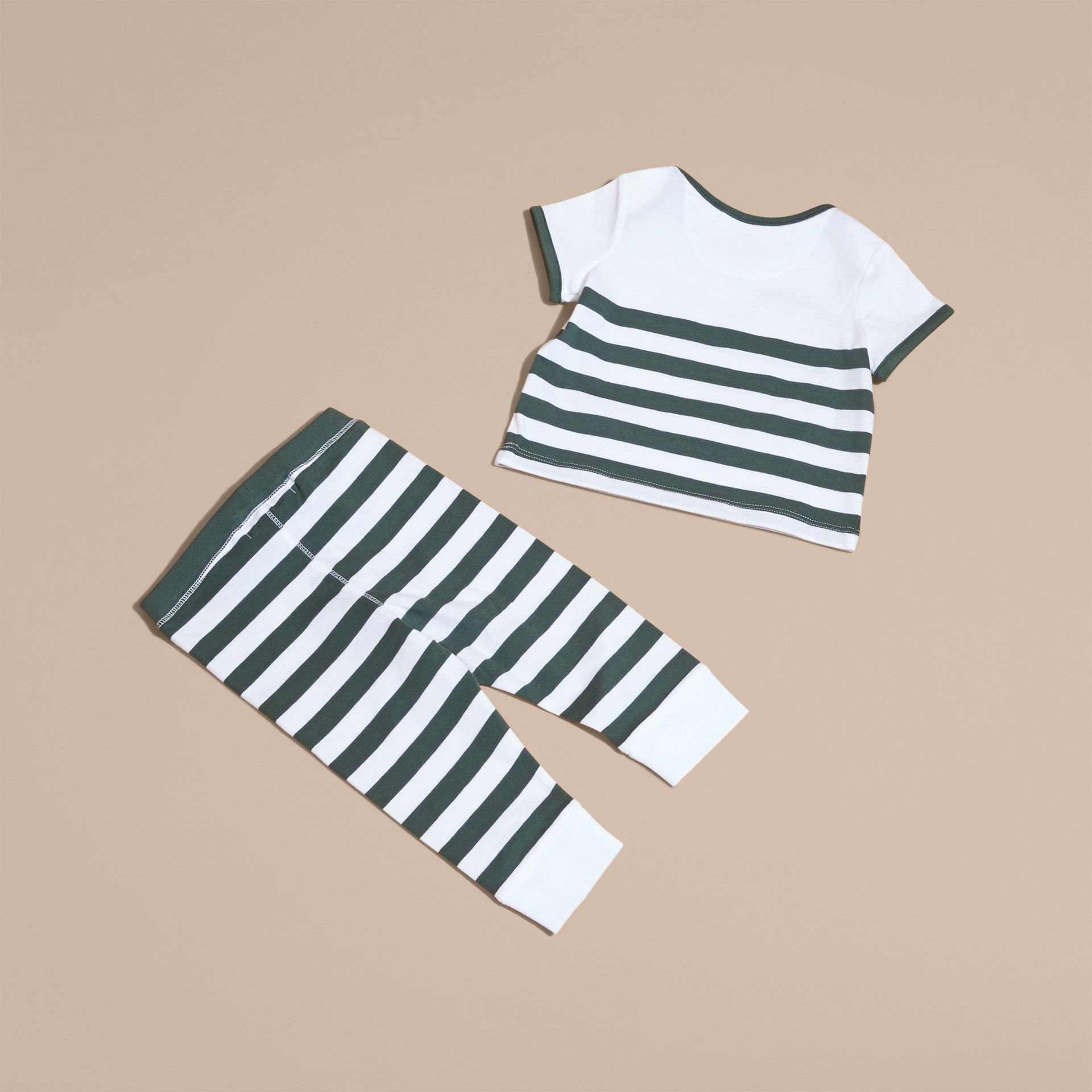 Striped Cotton Two-piece Baby Gift Set with Appliqué Racing Green - gallery image 3