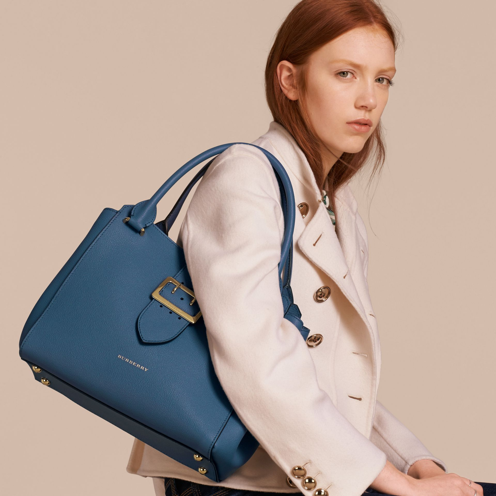 The Medium Buckle Tote in Grainy Leather in Steel Blue - Women | Burberry - gallery image 3