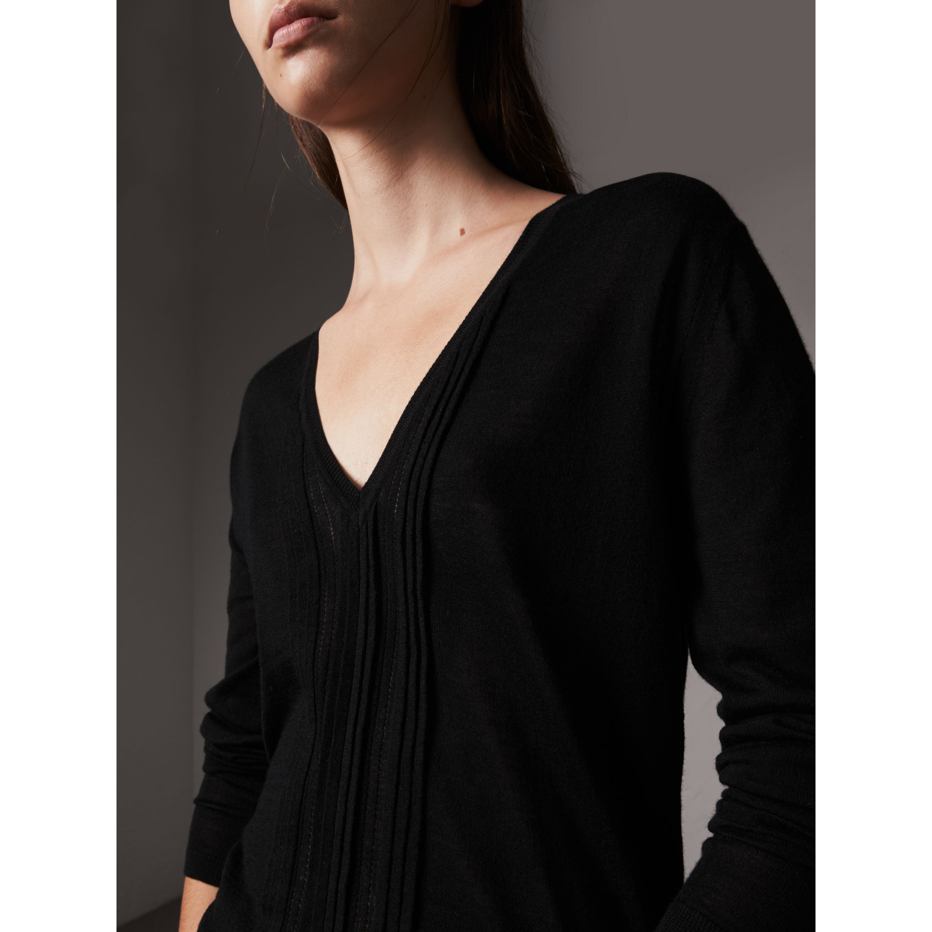 Pintuck Detail Cashmere V-neck Sweater in Black - Women | Burberry - gallery image 1