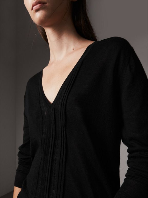 Pintuck Detail Cashmere V-neck Sweater in Black - Women | Burberry - cell image 1