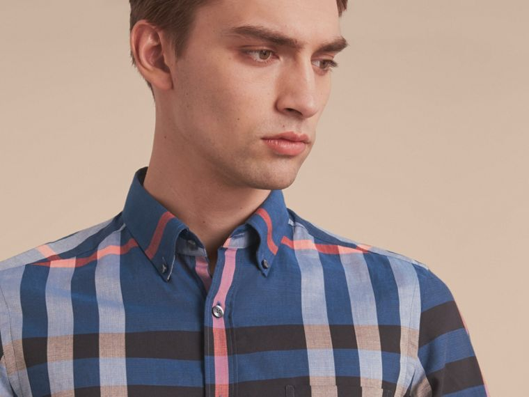 Button-down Collar Short-sleeve Check Cotton Shirt in Ink Blue - cell image 4