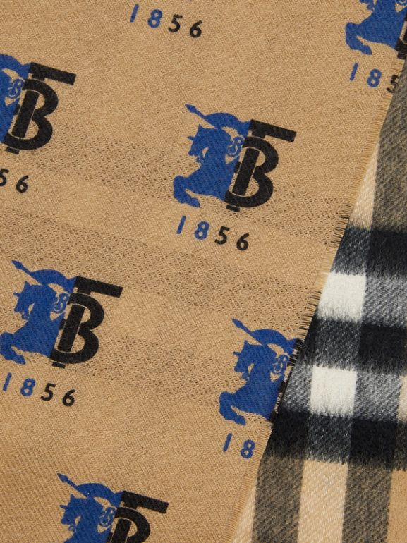 Contrast Logo Graphic Check Cashmere Scarf in Blue | Burberry - cell image 1