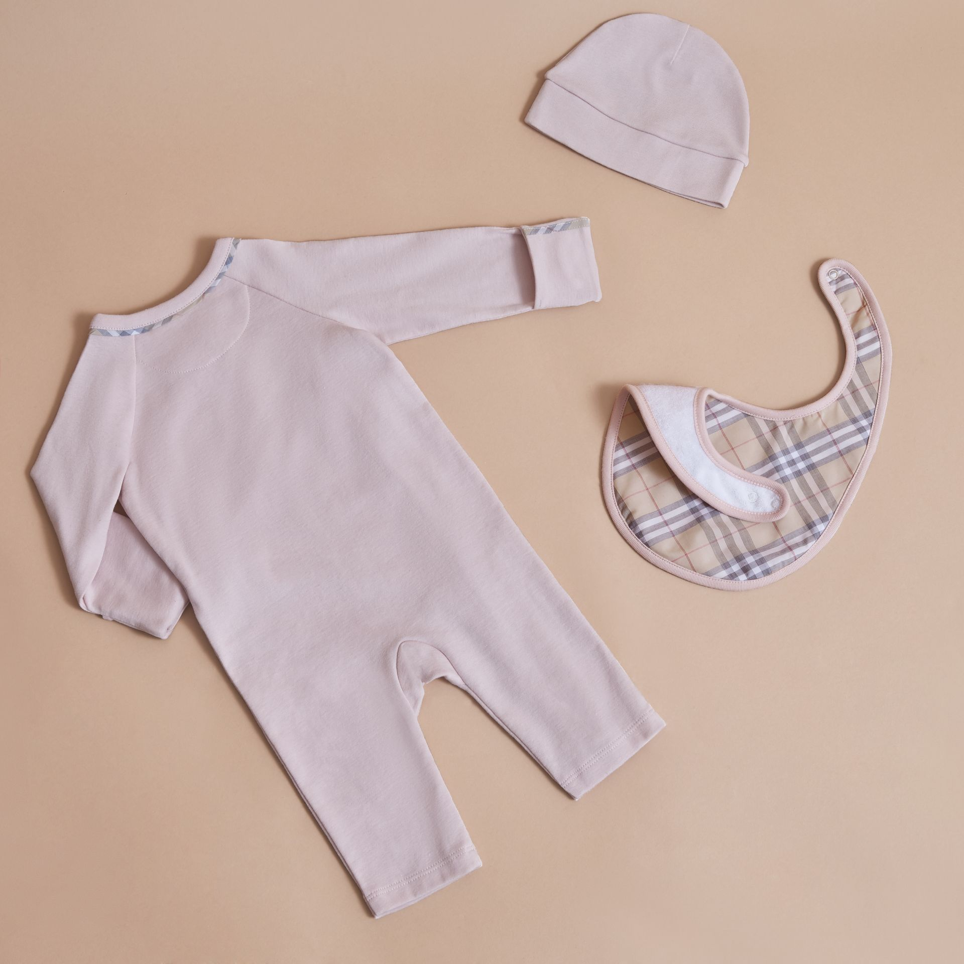 Cotton Three-piece Baby Gift Set in Powder Pink | Burberry - gallery image 2