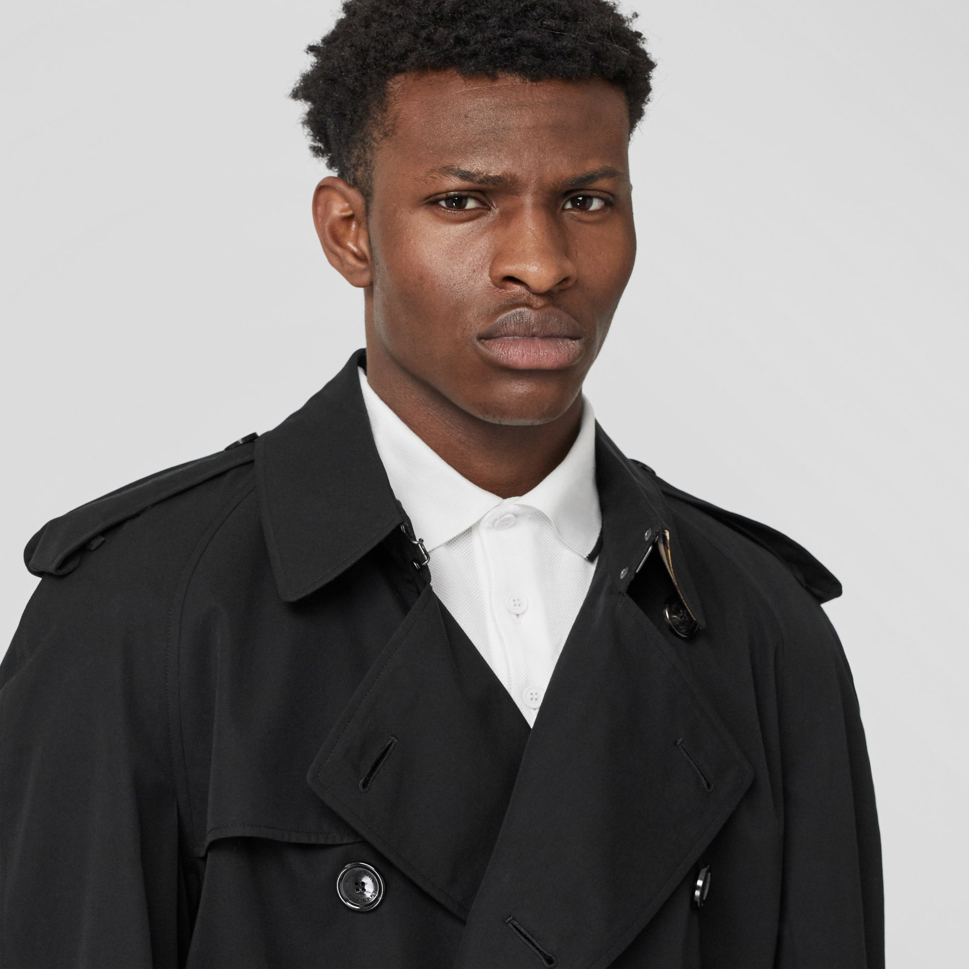 The Westminster Heritage Trench Coat in Black - Men | Burberry - gallery image 1