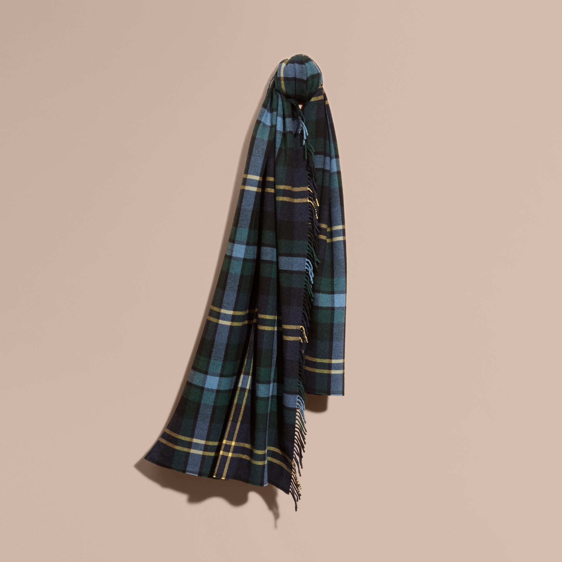Inchiostro Sciarpa con frange in lana e cashmere con motivo tartan oversize Inchiostro - immagine della galleria 1