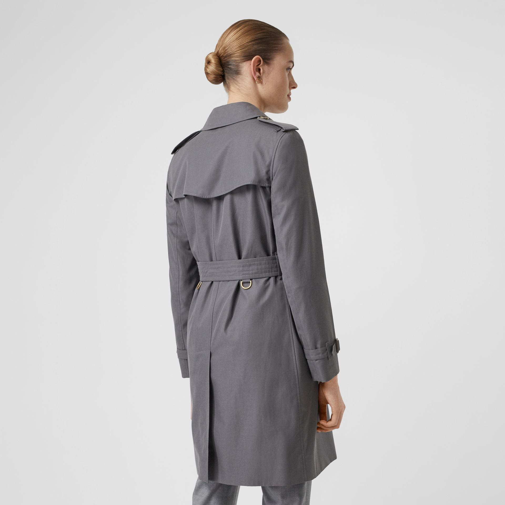 The Kensington Heritage Trench Coat in Mid Grey - Women | Burberry Singapore - gallery image 3