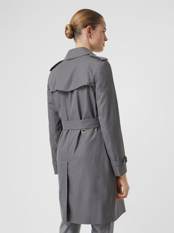 The Kensington Heritage Trench Coat in Mid Grey - Women | Burberry Singapore - cell image 3