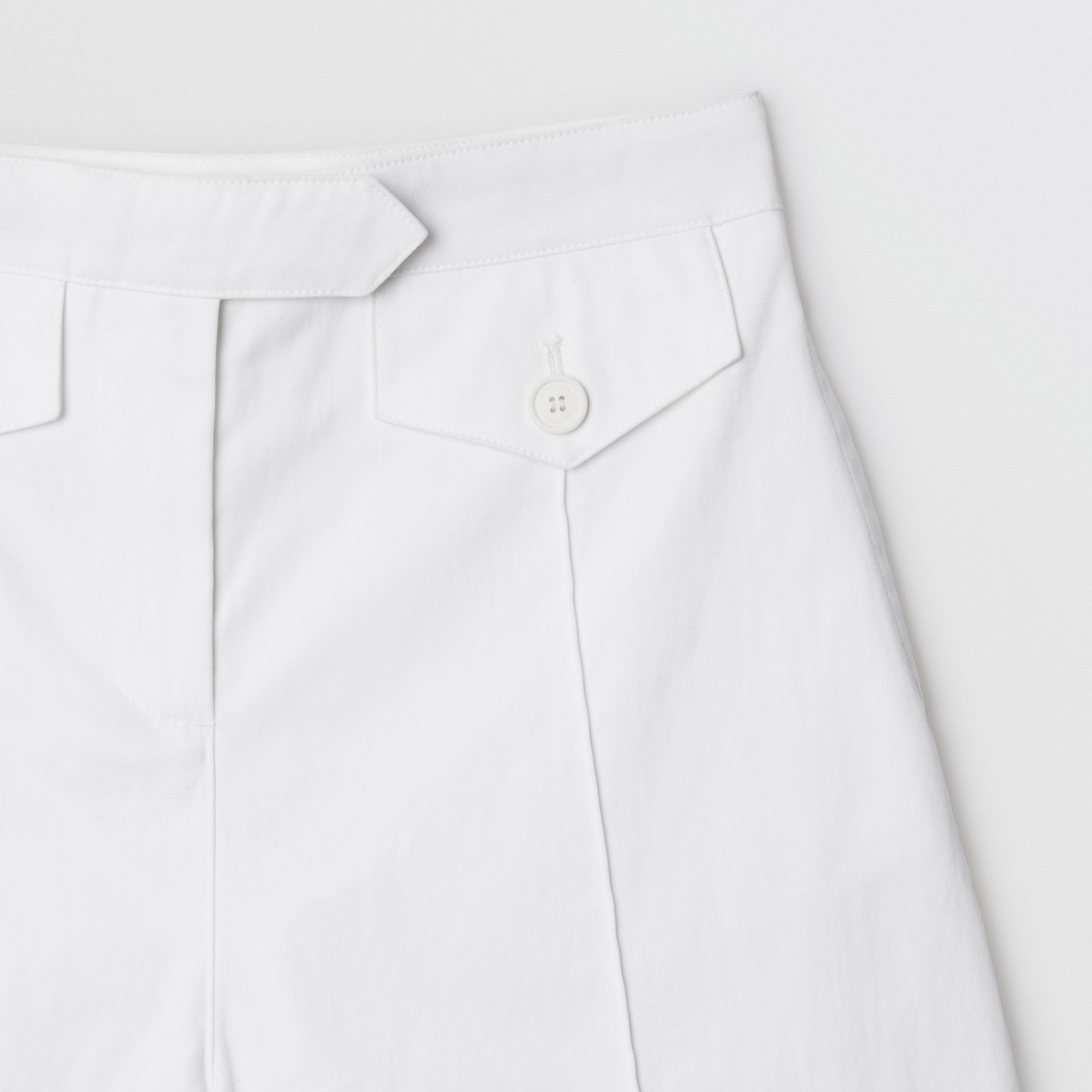 Logo Print Cotton Tailored Shorts in Optic White | Burberry - gallery image 4