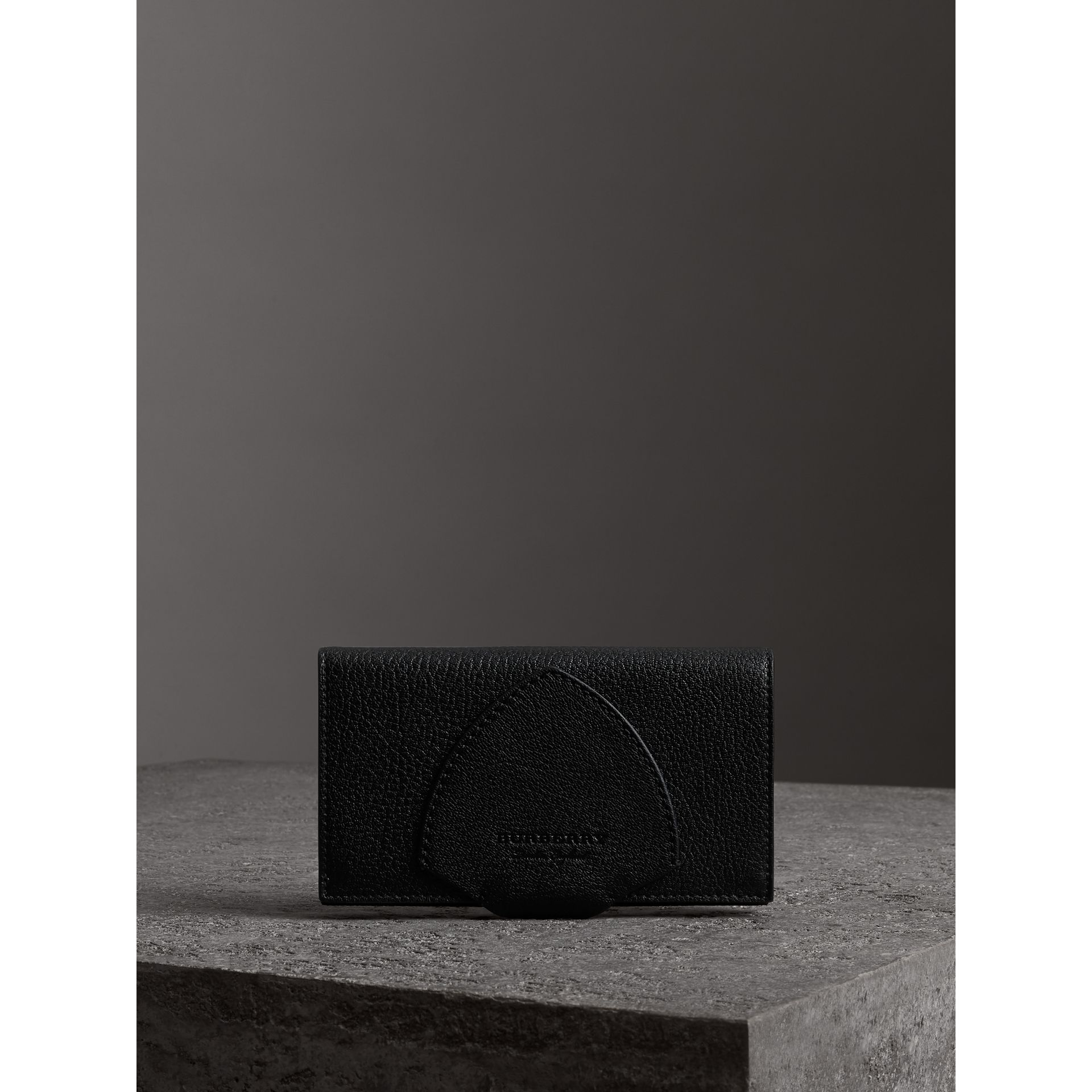 Equestrian Shield Two-tone Leather Continental Wallet in Black - Women | Burberry Canada - gallery image 4