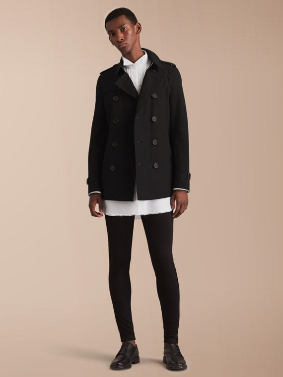 The Chelsea – Short Heritage Trench Coat in Black