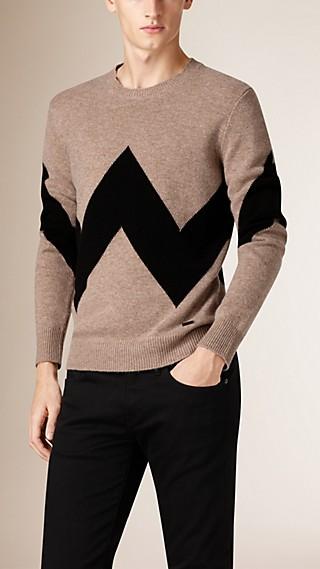 Pull en laine et cachemire à motif graphique