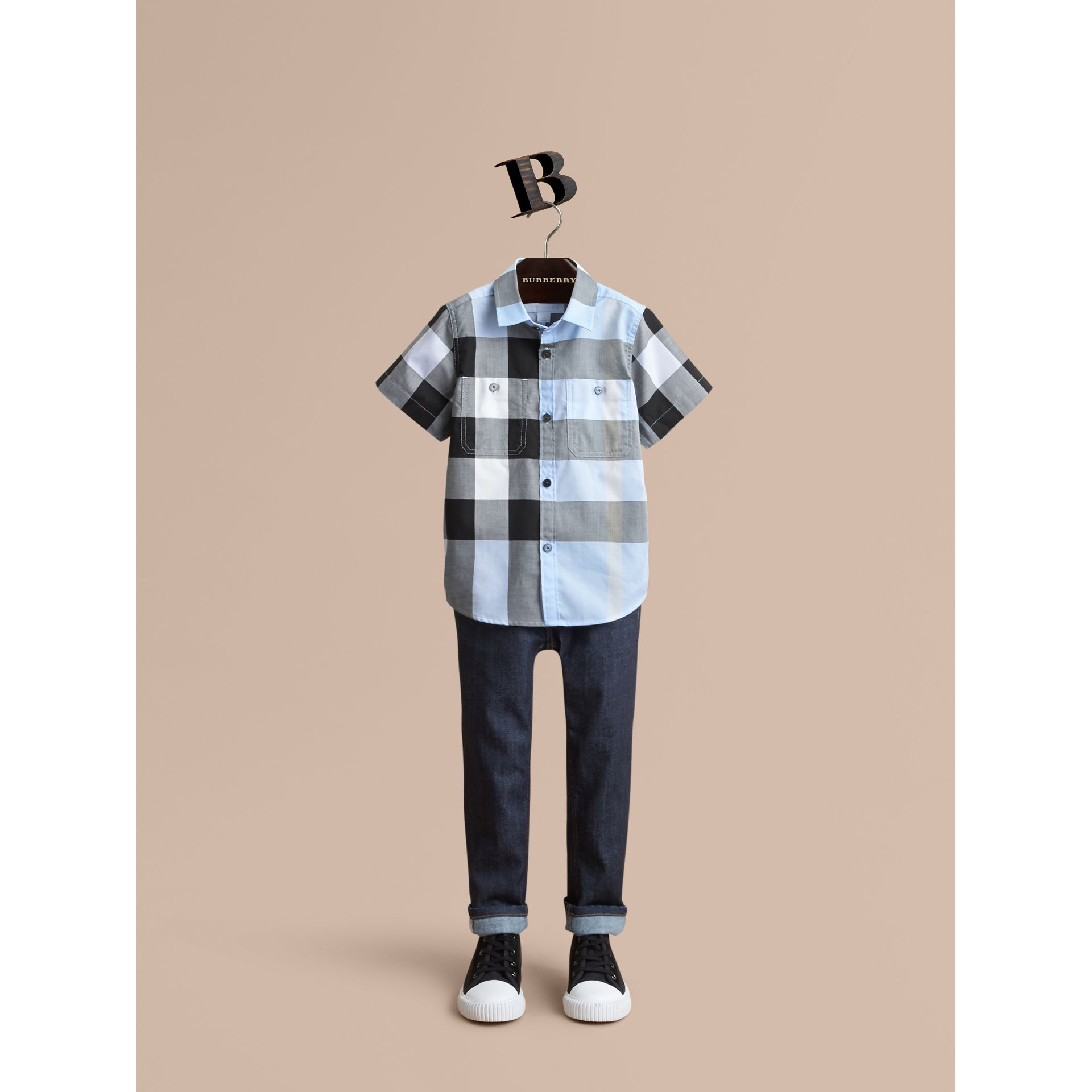 Short-sleeve Check Cotton Shirt in Sky Blue - Boy | Burberry - gallery image 1