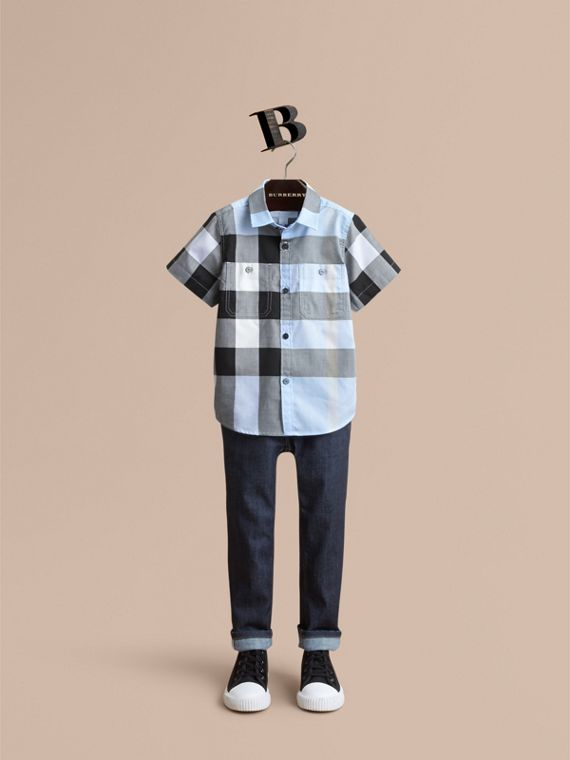 Short-sleeve Check Cotton Shirt in Sky Blue