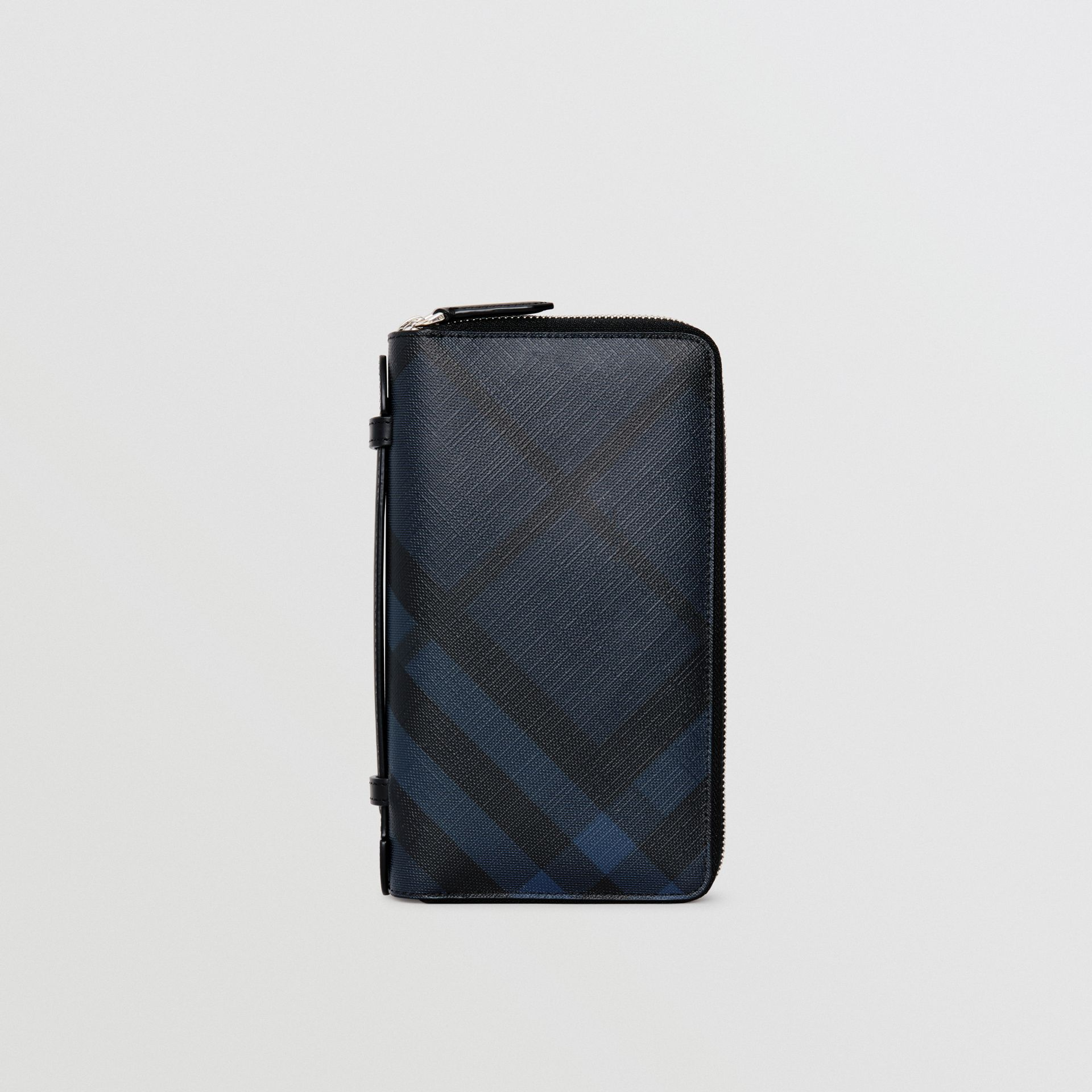 London Check Travel Wallet in Navy/black - Men | Burberry Singapore - gallery image 5