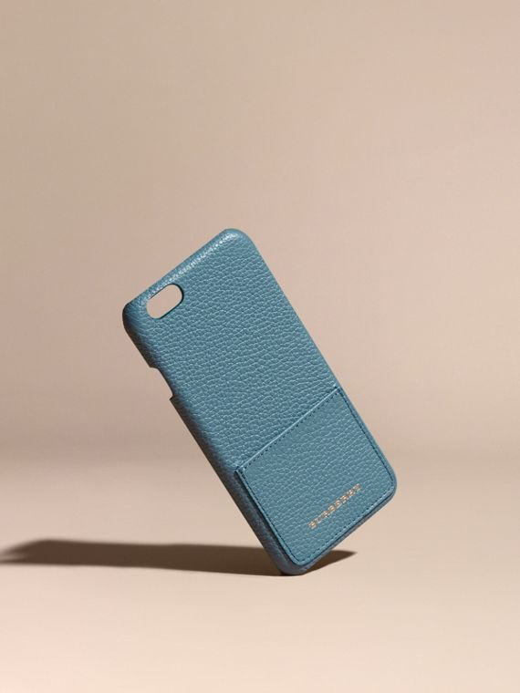 Custodia per iPhone 6 in pelle a grana (Blu Alzavola Polvere) | Burberry