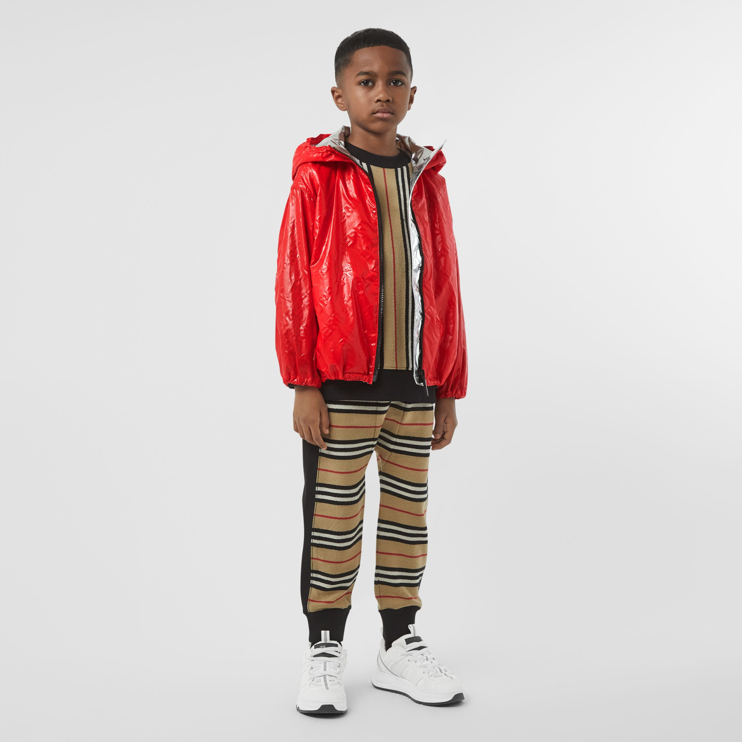 Logo Print Lightweight Hooded Jacket in Bright Red | Burberry - 3