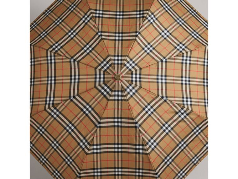 Parapluie télescopique à motif Vintage check (Jaune Antique) | Burberry Canada - cell image 4