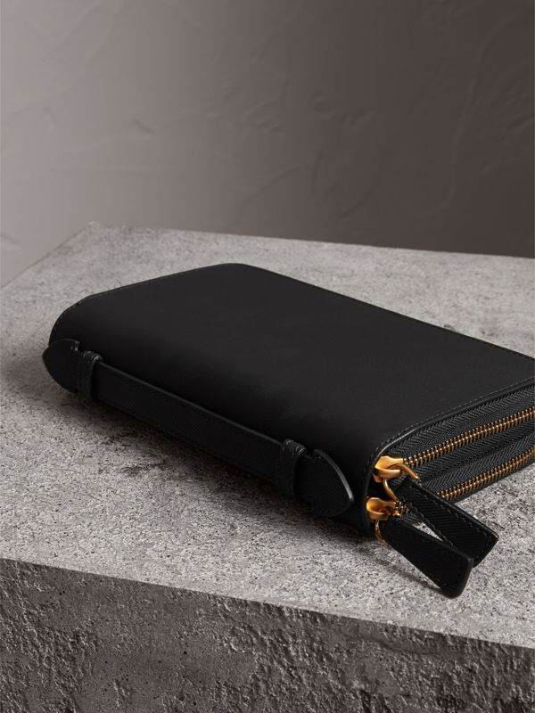 Trench Leather Travel Wallet in Black - Men | Burberry - cell image 2