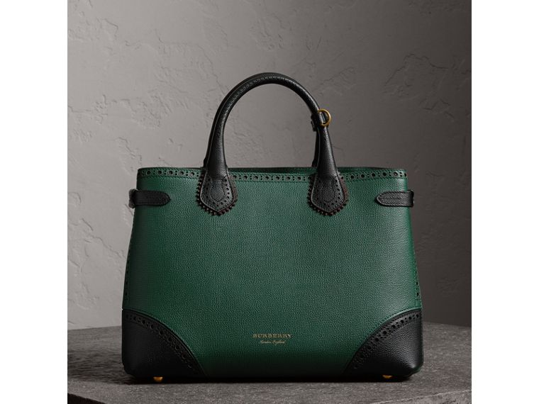 The Medium Banner in Brogue Detail Leather in Sea Green - Women | Burberry - cell image 4