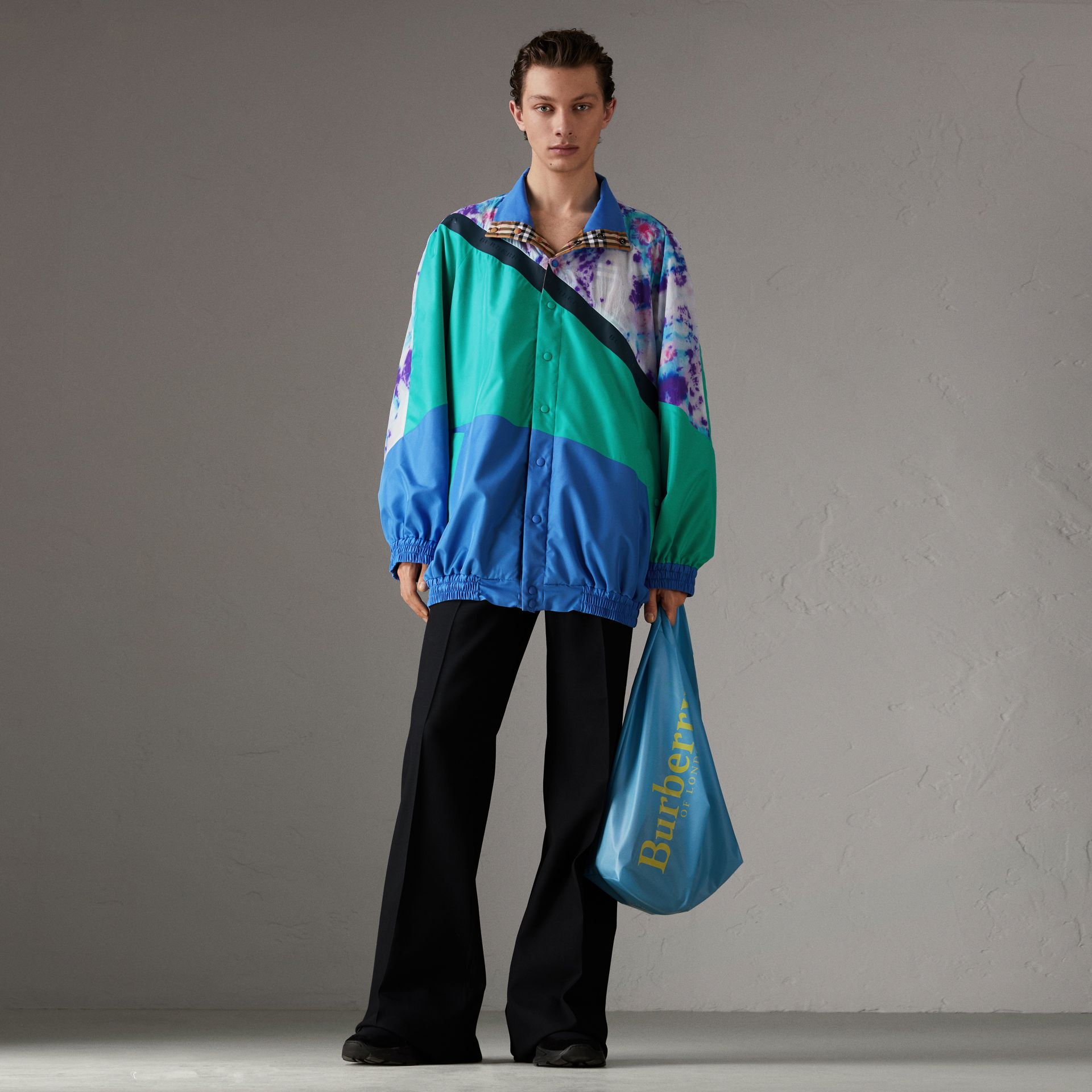 Reversible Tie-dye Silk Shell Suit Jacket in Turquoise | Burberry United Kingdom - gallery image 0