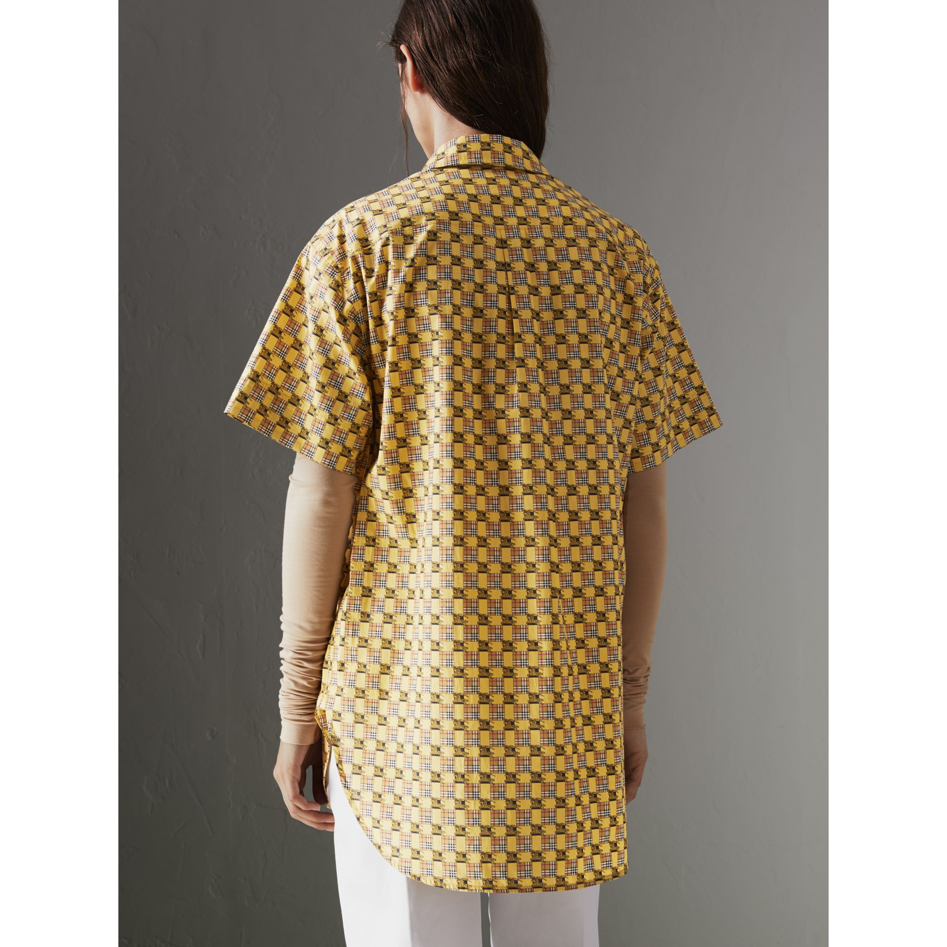 Short-sleeve Tiled Archive Print Cotton Shirt in Yellow - Women | Burberry - gallery image 2