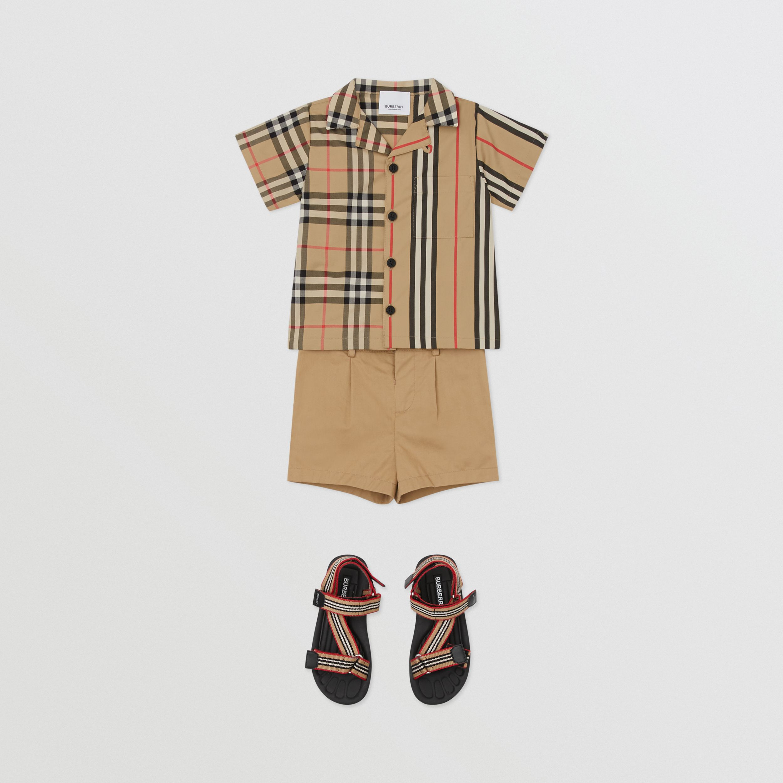 Short-sleeve Vintage Check and Icon Stripe Cotton Shirt in Archive Beige - Children | Burberry - 3