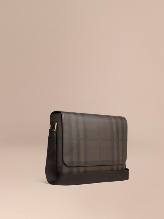 Petit sac Messenger à motif check London Chocolat/noir
