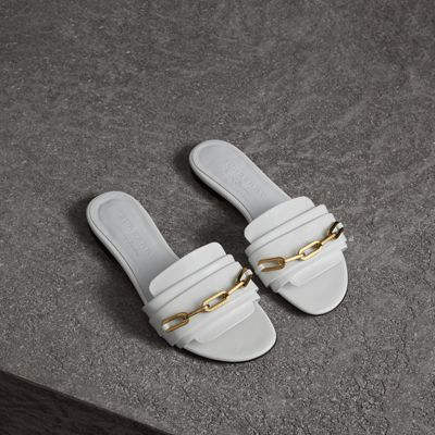 Link Detail Patent Leather Slides in White