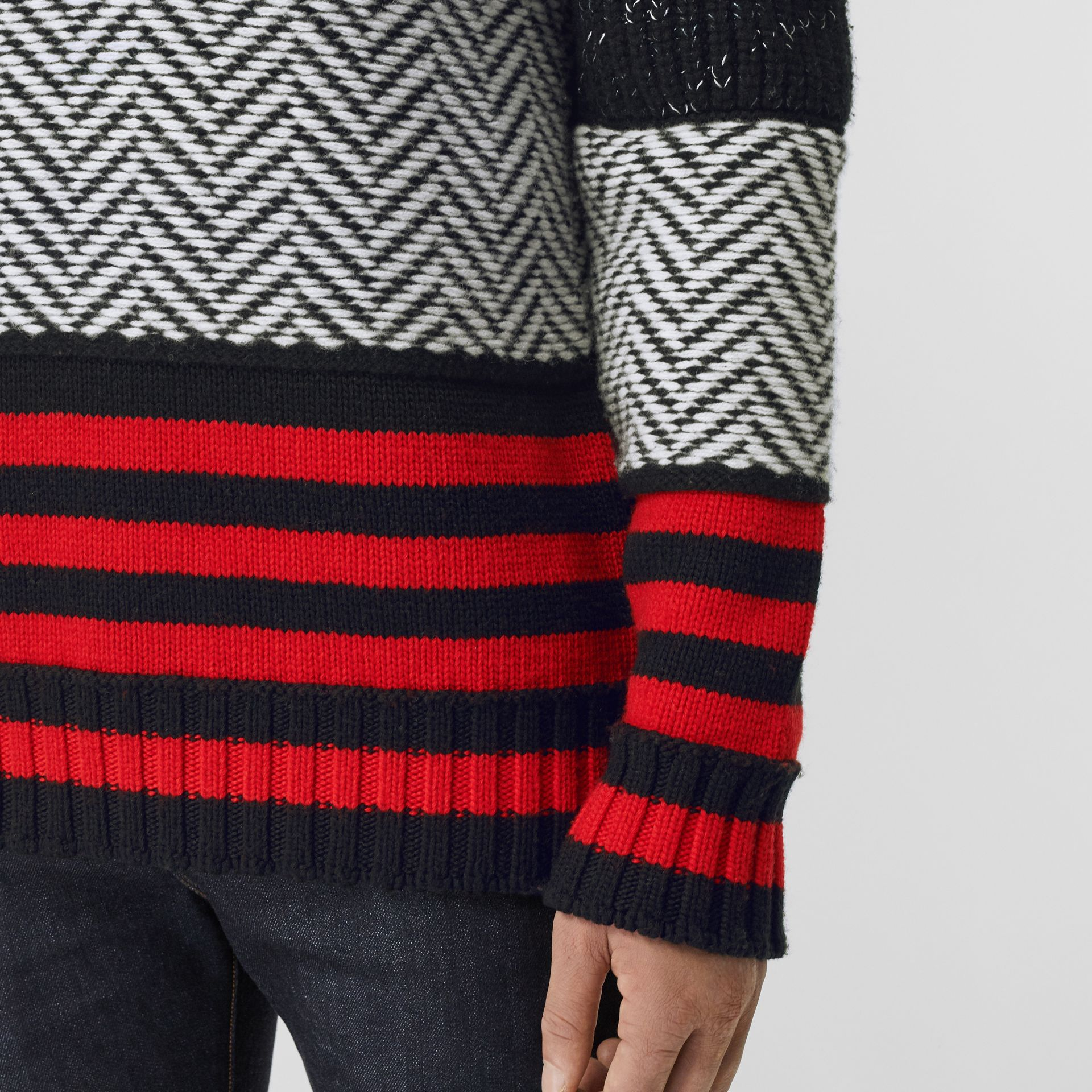 Contrast Knit Wool Cashmere Blend Sweater in Black - Men | Burberry - gallery image 4